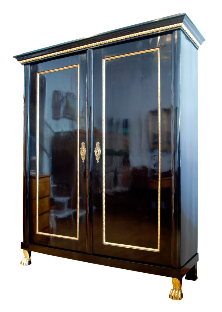 schr nke regine schmitz avila die biedermeierspezialistin in wiesbaden. Black Bedroom Furniture Sets. Home Design Ideas